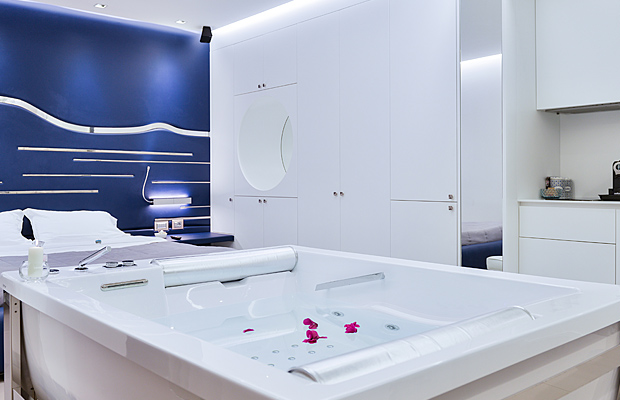 Affittacamere ad Alghero - Suite con vasca idromassaggio - P2 Kevin's Charming Houses